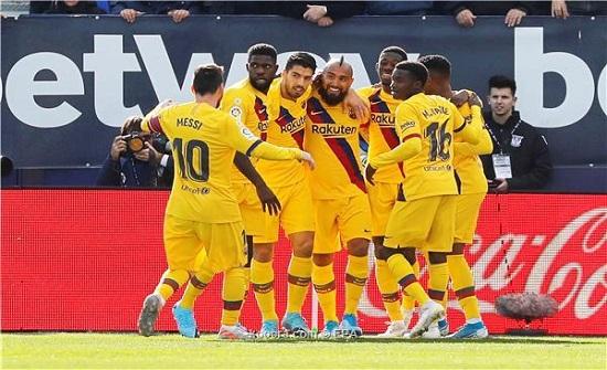 إنتر ميلان يُصر على نجم برشلونة