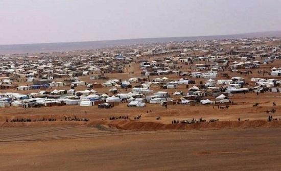 للمرة الأولى منذ 7 أشهر ... مساعدات إنسانية لمخيم الركبان