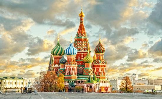 موسكو: لن يفصل الطلاب الأجانب الذين لم يستطيعوا دخول البلاد