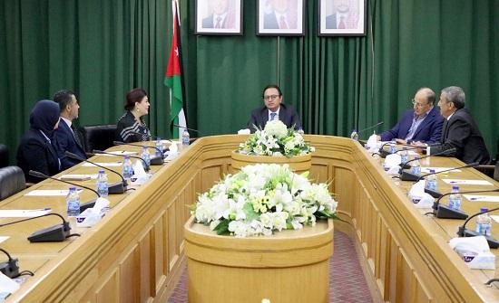 لجنة الاخوة الأردنية العراقية في الأعيان تلتقي السفيرة العراقية