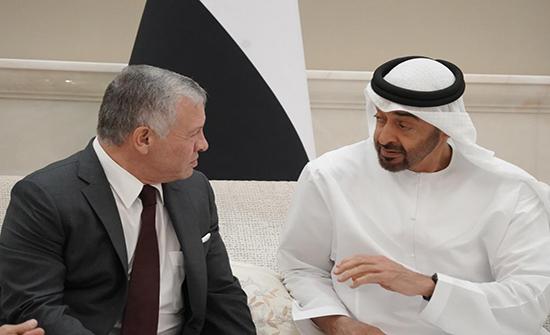 الملك وولي عهد أبوظبي يعقدان مباحثات في قصر بسمان