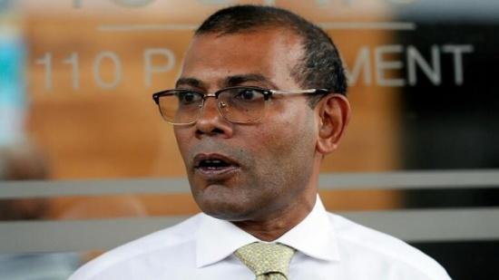 اصابة رئيس المالديف السابق بانفجار قنبلة .. بالفيديو