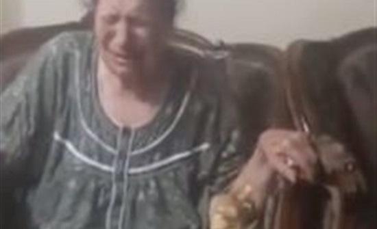 مصر : مسنة تبكي وتتوسل لـ عاملة بدار رعاية لإدخالها الحمام .. مشهد مأساوي