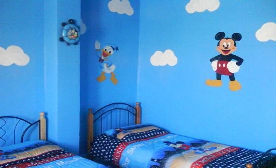 حيلة لإزالة رسوم أطفالك عن الحائط.. تعرّفي عليها