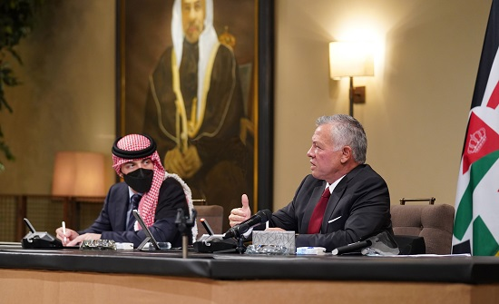 الملك يلتقي ممثلين عن مجلسي أوقاف وكنائس القدس