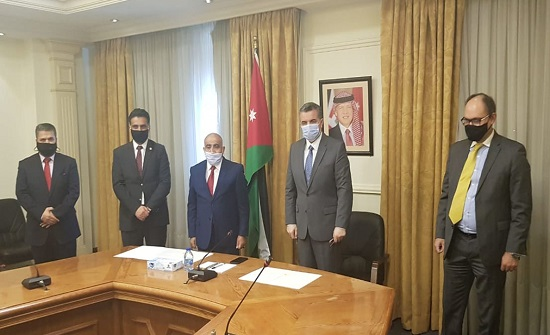 الأردن يوقع اتفاقية لاستضافة اتحاد الأكاديميين والعلماء العرب