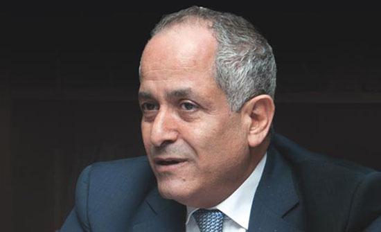 العايد يغادر إلى القاهرة لاستكمال إجراءات انتهاء أعماله كسفير