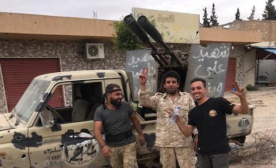 الجيش الليبي يكبد حفتر خسائر جديدة ويتقدم قرب مطار طرابلس