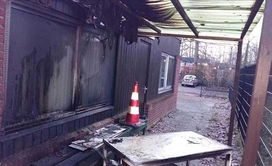 هولندا.. إضرام النار في مسجد قيد البناء