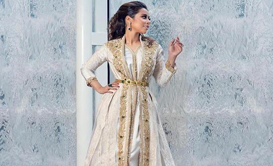 بالصور : إطلالات بلقيس بالقفاطين والفساتين الفاخرة
