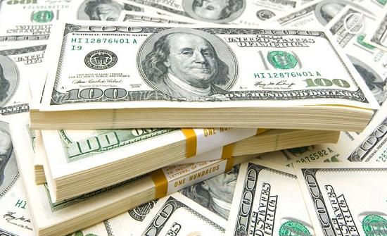 تراجع الدولار عالميا لأدنى مستوى في شهر
