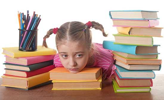 التربية توعز بتخفيف الواجبات المنزلية