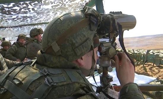 الكرملين: تواجد القوات الروسية عند حدود أوكرانيا لا يهدد أحدا