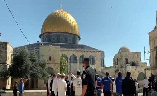 عين على القدس يرصد انتهاكات المتطرفين اليهود للأقصى بعيد الفصح اليهودي.