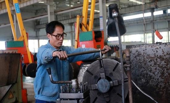 تحسن مفاجئ في نشاط المصانع الصينية بأسرع نمو في 3 سنوات