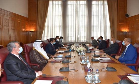 أبو الغيط يعقد اجتماعاً تشاورياً مع رئيس البرلمان العربي