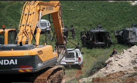 الاحتلال الاسرائيلي يجرف 27 دونما من أراضي كفر لاقف شرق قلقيلية