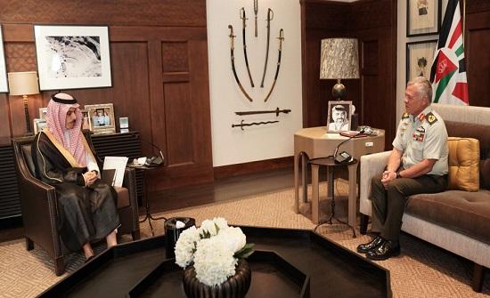 الملك يستقبل وزير الخارجية السعودي