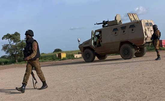 100 قتيل على الأقل في هجوم على قرية في بوركينا فاسو