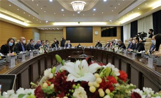 الخصاونة ونظيره المصري يترأسان اجتماعات اللجنة العليا المشتركة