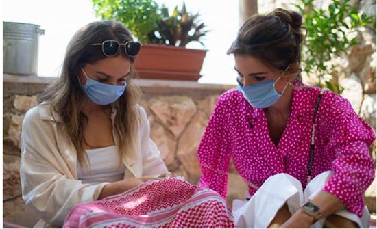 الملكة رانيا العبدالله والأميرة ايمان تزوران بيتي البركة والورد للسياحة المستدامة في ام قيس