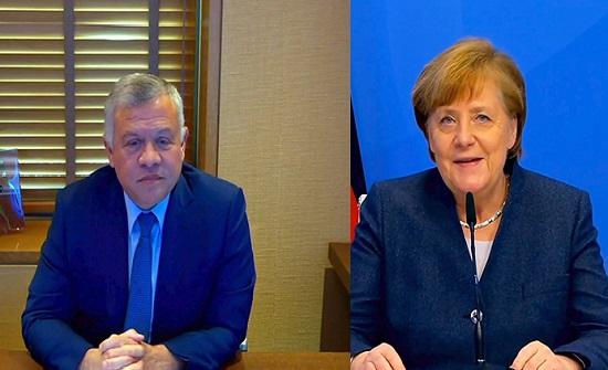 الملك والمستشارة الألمانية يبحثان سبل تعزيز الشراكة الاستراتيجية
