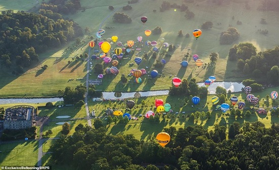 أكبر مهرجان للمناطيد في أوروبا (صور)