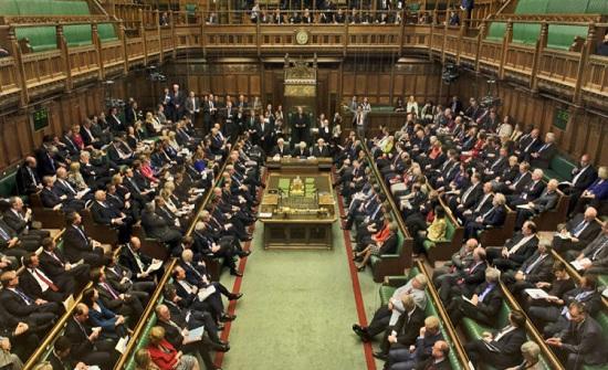 """رئيس برلمان بريطانيا: تعليق أعمال المجلس """"فضيحة"""""""