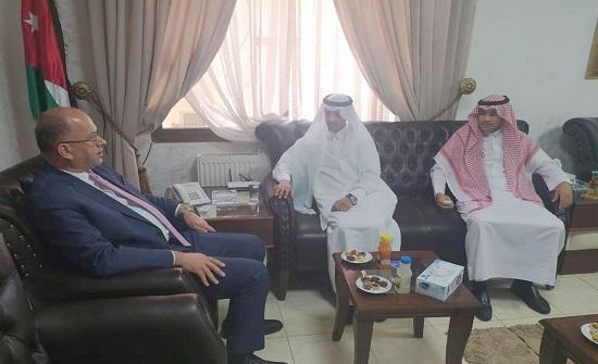 هيئة الاعتماد تبحث التعاون العلمي والثقافي مع الملحق السعودي