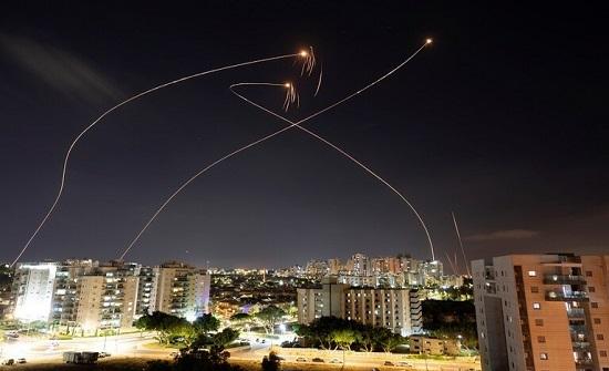 """""""كتائب القسام"""" تعلن قصف عسقلان وأسدود وبئر السبع وسديروت بـ50 صاروخا"""