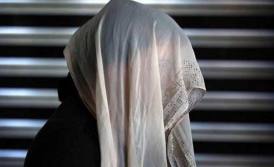 الإمارات :  بعدما هددته بتوريطه في التعاطي..الأمن ينقذ رجلًا من زوجته المدمنة