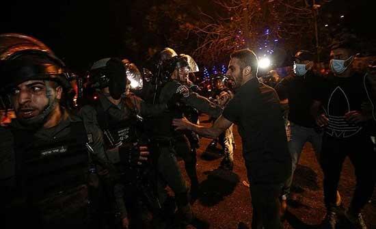 إسرائيل تواصل الاعتداء.. ارتفاع إصابات المقدسيين لـ64