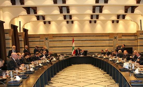 مستشار الرئيس اللبناني: لا نية لعون بتشكيل حكومة جديدة