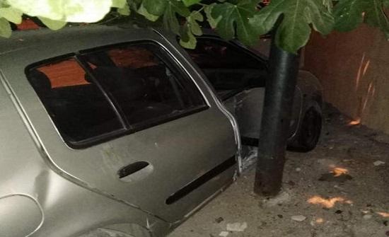 بالصور: حادث تصادم بين 8 مركبات في السلط