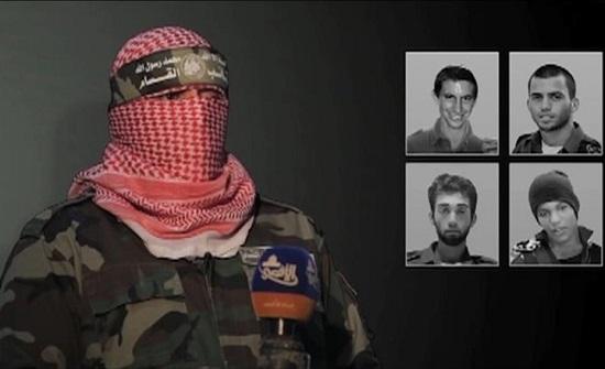 """ضابط إسرائيلي: حماس تبتزنا و""""فتحت شهيتها"""" لاختطاف جديد"""