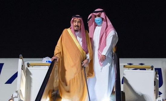 السعودية.. الملك سلمان يصل نيوم للراحة والاستجمام .. صور