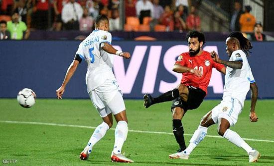 بالفيديو : منتخب مصر يفوز بثنائية ويتأهل لثمن نهائي كأس أفريقي