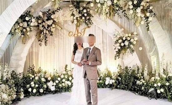 """""""مليونير"""" محتال: أقام حفل زفاف فاخر واختفى.. والعروس تحملت التكاليف!"""