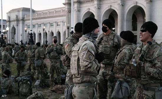 حادث مأساوي بعد تنصيب بايدن.. مقتل 3 من الحرس الوطني