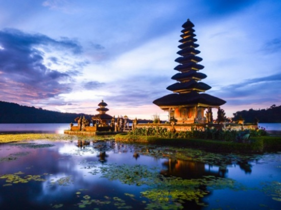 شاهد جمال  إندونيسيا