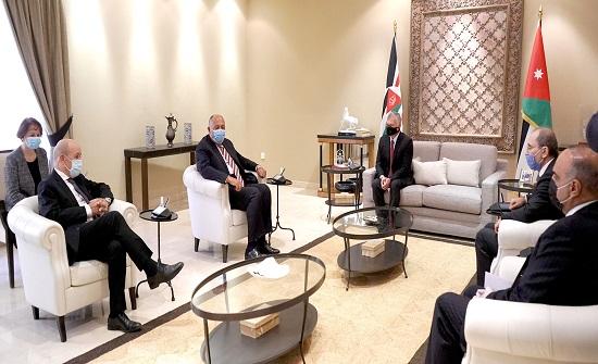 الملك يجدد التأكيد على موقف الأردن الثابت تجاه القضية الفلسطينية