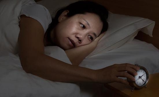 8 تمارين مسائية تساعدك على النوم سريعا