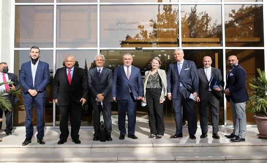 6.5 ملايين دولار منحة للأردن من البنك الدولي