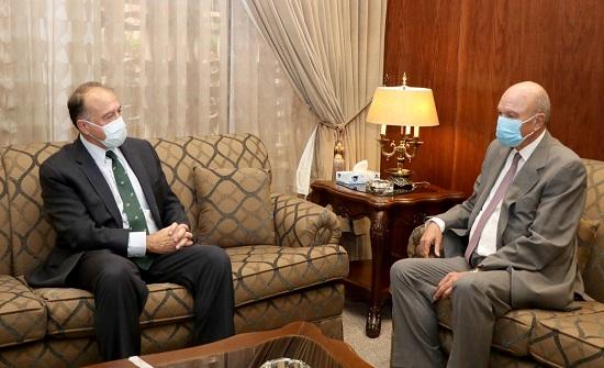 رئيس مجلس الأعيان يبحث تعزيز العلاقات مع السفير الأميركي