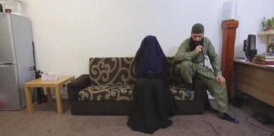 """شاهد فيديو نادر ومخيف.. """"إخراج جني"""" من قبل إمام مسجد يثير جدلاً ببريطانيا"""