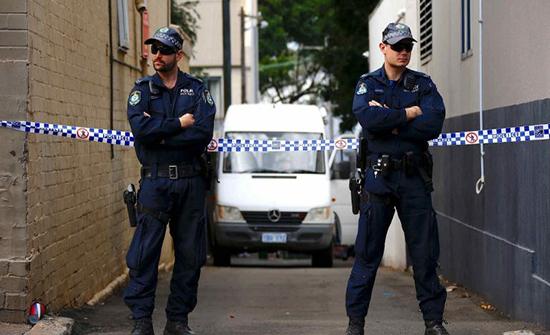 أب استرالي يرتكب جريمة مروعة راح ضحيتها أسرته كاملة (صور)