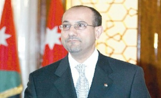 منتدى اليرموك للدراسات يناقش في أولى ندواته مسيرة الاقتصاد الأردني