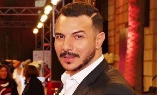 شاهد : باسل خياط منذ 17 عاماً.. هل تغير كثيراً؟