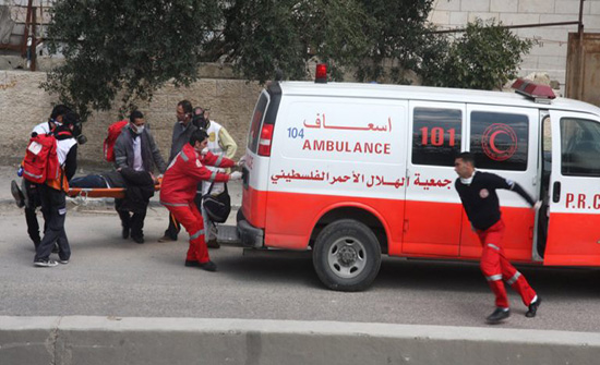 فلسطيني يضرم النار بجسده بسبب أوضاعه الاقتصادية
