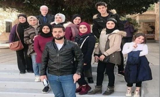 وفد من طلبة جامعة إربد الأهلية يزور جمعية قرى الأطفال في مدينة إربد